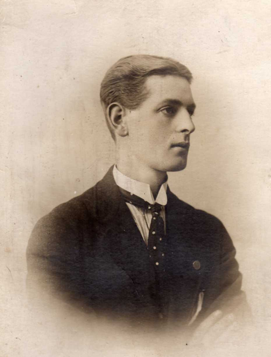 Maurice Frederick Howlison age 21
